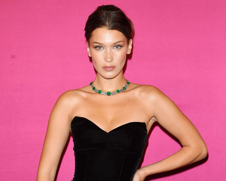 La top-model Bella Hadid, vittima della malattia di Lyme